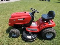 Huskee Riding Mower in Fort Knox, Kentucky