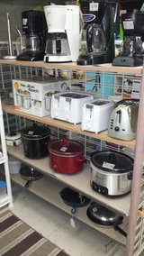 Croc Pots, Toasters, Coffee Makers in 29 Palms, California
