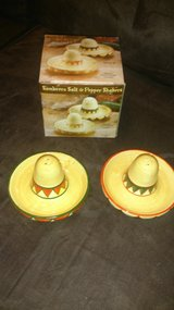 salt & pepper shakers-NIB in Spring, Texas