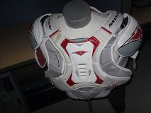 pre owned mission fuel 90 ice hockey torso protective retractible padding ce 44 in Huntington Beach, California