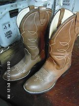 childrens soft tan leather cowboy boot bomber size 5 1/2 d pre-owned km 1151 in Huntington Beach, California