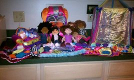GROOVY GIRLS HUGE LOT OF ITEMS! SEE ALL PHOTOS! in Glendale Heights, Illinois