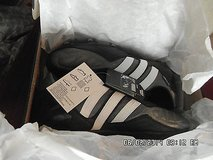 Adidas Flanker ii Leather Rugby Boots Cleats Black & White Men's 9 New in Box in Huntington Beach, California