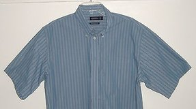 Consenses Performance Striped Button-Front Shirt  Mens Large in Oswego, Illinois