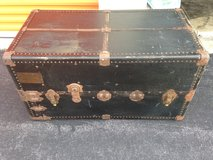 Steamer Trunk w/ Drawers in Cherry Point, North Carolina