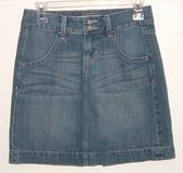 Old Navy Denim Jean Skirt Womens Size 0 in Shorewood, Illinois