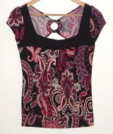 Heart Soul peek-a-boo open back black fuchsia paisley blouse womens small top s in Yorkville, Illinois