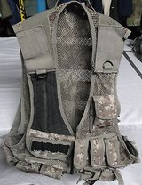 UTG Leapers 547 Law Enforcement Tactical Vest Army Digital PVC-V547RT 8228 in Huntington Beach, California