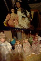 7 Porceilan Dolls take all for $10 in Vista, California
