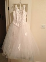 Wedding Dress in Fort Hood, Texas