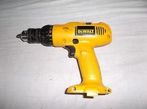 Dewalt 953 Adjustable Clutch Cordless Drill 3/8 (10mm) VSR 12.0 V DC 8448 in Fort Carson, Colorado