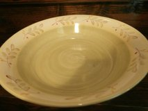 Demdaco Deb Hrabik cottage hill pottery large serving bowl in Cleveland, Texas
