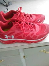 REDUCED Men's size 10 under armour running shoes in Fort Lewis, Washington
