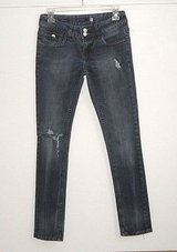 Vigoss Distressed Skinny Denim Jeans Womens Size 1 Juniors in Yorkville, Illinois