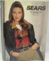 Vintage SEARS 1992 1993 Fall Winter Annual Catalog 1641 Pages in Glendale Heights, Illinois