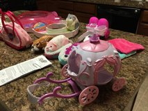 Zhu Zhu Pets Hamster House Starter Set, 3 Hamsters, Beds, & Much More in Sugar Grove, Illinois