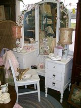 Try fold mirror vanity, tryfold, fairy vanity white in Camp Lejeune, North Carolina