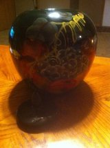 Hand painted pottery in Bolingbrook, Illinois