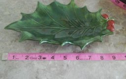 Vintage 1978 Christmas Holly Leaf Ash Tray Dish, by Margaret Clark , CRT11 in Coldspring, Texas