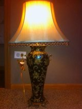 Table Lamp with Lamp Shade in Bolingbrook, Illinois