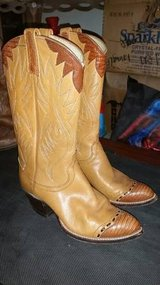Dan Post Womens Cowboy boots - size 6 C in Nellis AFB, Nevada