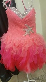 New with tags Quince gown in Fort Bliss, Texas