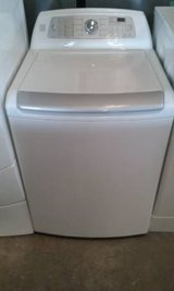 White Kenmore Elite Washer in Wilmington, North Carolina