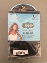 NEW vivica a. fox joanna-v synthetic fiber deep lace front wig in color fs427 new in Kingwood, Texas