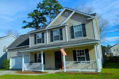 Great Location, Spacious 4 BR 2.5 BA in Summerville, South Carolina