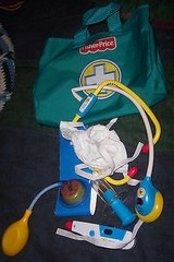 fisher price medical doctor vintage nurse pretend bag case w/tools in Alamogordo, New Mexico