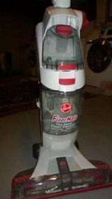 Hoover Floormate Spin Scrub Cleaner in Schaumburg, Illinois
