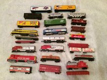 Tyco Trains and tracks vintage 1975 in Tinley Park, Illinois
