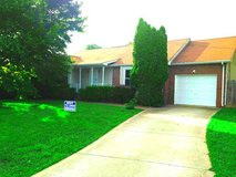 REDUCED! RENT TO OWN ONLY! NEW PAINT! 3 BED/ 2 BATHS! WEST CREEK SCHOOL ZONE! PRIVACY FENCE! HUG... in Fort Campbell, Kentucky