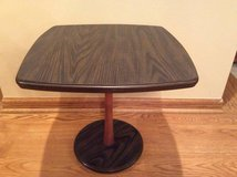 SQUARE ACCENT TABLE in DeKalb, Illinois