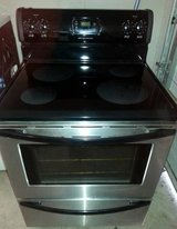 FRIGIDAIRE STAINLESS GLASS TOP STOVE in Fort Rucker, Alabama