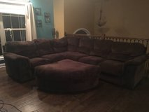 2 pc sectional in Fort Campbell, Kentucky