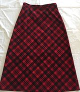 Breckenridge Size 12 Women's Skirt Red And Black Plaid Tartan in Bolingbrook, Illinois