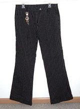DG2 Diane Gilman Cuffed Boot Cut Flare Pinstripe Jeans Womens sz 12 33 x 31 Black White in Plainfield, Illinois