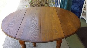 5-leg  Drop-leaf Dining Table in Houston, Texas