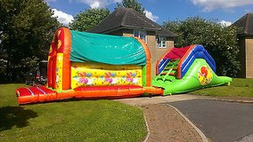40 x 10 foot bouncy obstacle course hire ely, cambridge, littleport, newmarket in Lakenheath, UK