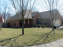 Stunning 2006 custom built brick home: Allison Ct in Wright-Patterson AFB, Ohio