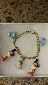 Vintage Disney Minnie Mouse Charm Bracelet by Applause in Vista, California