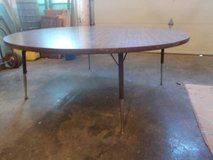 Table*Heavy Duty*Kids Round Table in Fort Leonard Wood, Missouri