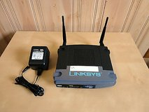 Linksys wireless-g 2.4 ghz 54mbps 4 port  broadband router in Plainfield, Illinois