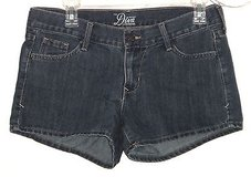 Old Navy The DIVA Dark Blue Denim Jean Shorts Womens Size 4 31 x 3 in Chicago, Illinois