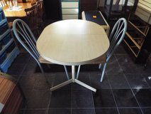 Table and Two matching chairs*ex cond in Fort Leonard Wood, Missouri