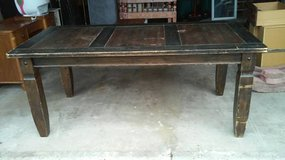 GRAND WOOD DINING/ KITCHEN TABLE in Plainfield, Illinois