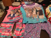 Girls Size 4-6 One Direction Long Sleeve/Long Pants PJ Set (2) in St. Charles, Illinois