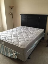 Queen size bed frame and bedhead in Beaufort, South Carolina