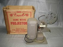 ANTIQUE EXCEL 16mm HOME MOVIE PROJECTOR P-26 in Joliet, Illinois